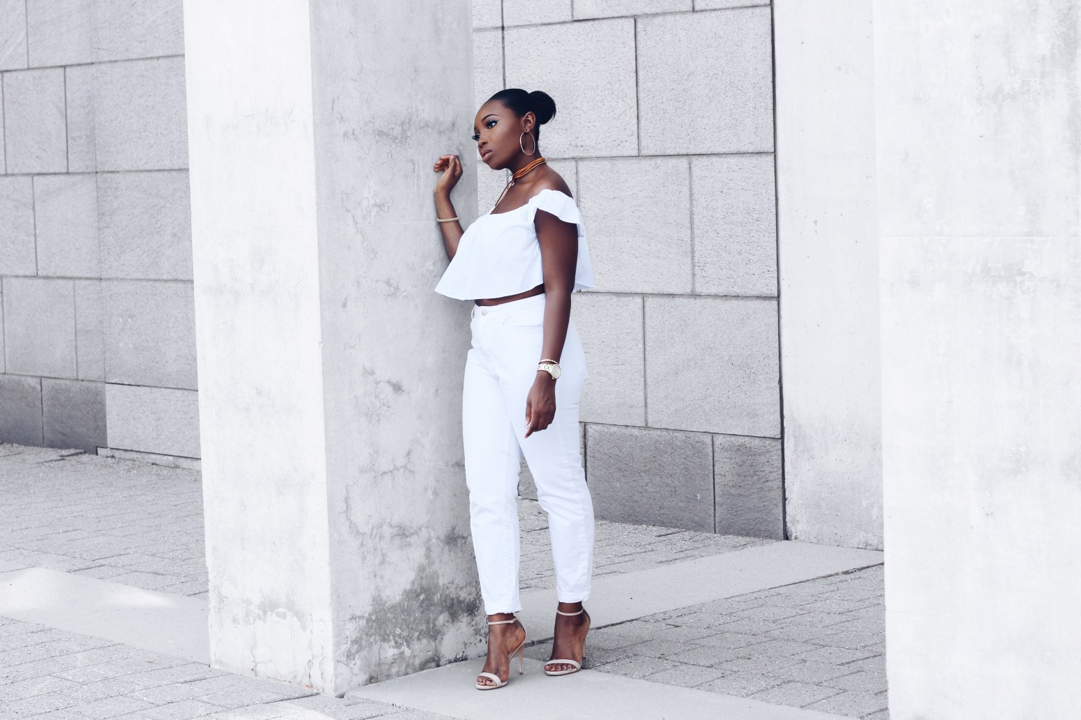 Summer whites | thealmachronicle.com