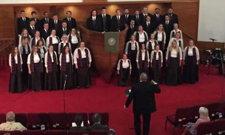 Alma choir tours Florida to sing