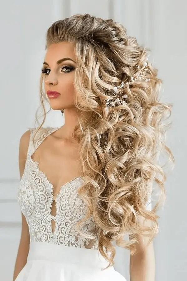 Barbie Curls with a Twist