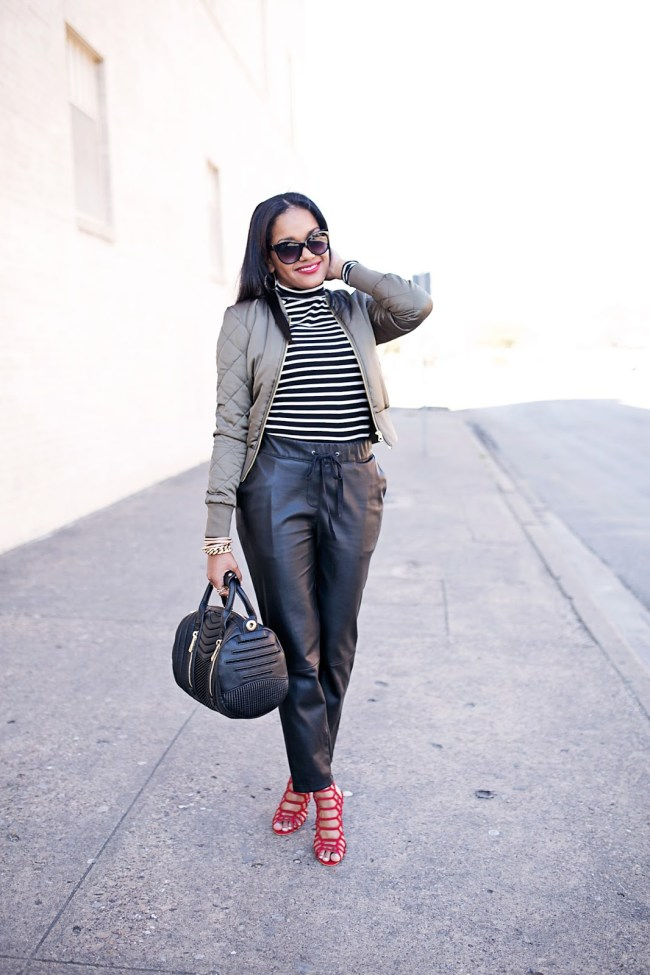 bomber jacket- spring trend- spring fashion- how to wear bomber jacket- leather jogger pants- steve madden slithur sandal- zara doctor bag- dallas fashion blogger- black girl blogger- brown girl blogger- bauble bar x ring- red lips brown skin