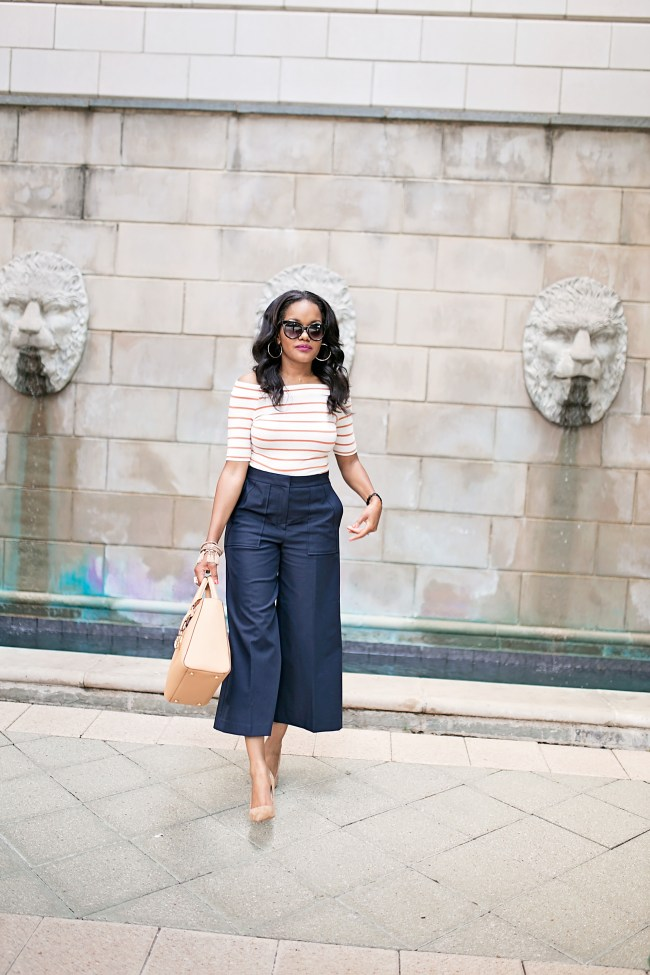 CULOTTES, ANN TAYLOR, HOW TO WEAR CULOTTES, WHAT TO WEAR TO WORK, WORKWEAR FASHION, STRIPE OFF SHOULDER TOP, HENRI BENDEL TURNLOCK HANDBAG, BROWN SUEDE PUMPS, DALLAS BLOGGER, BLACK GIRL BLOGGER