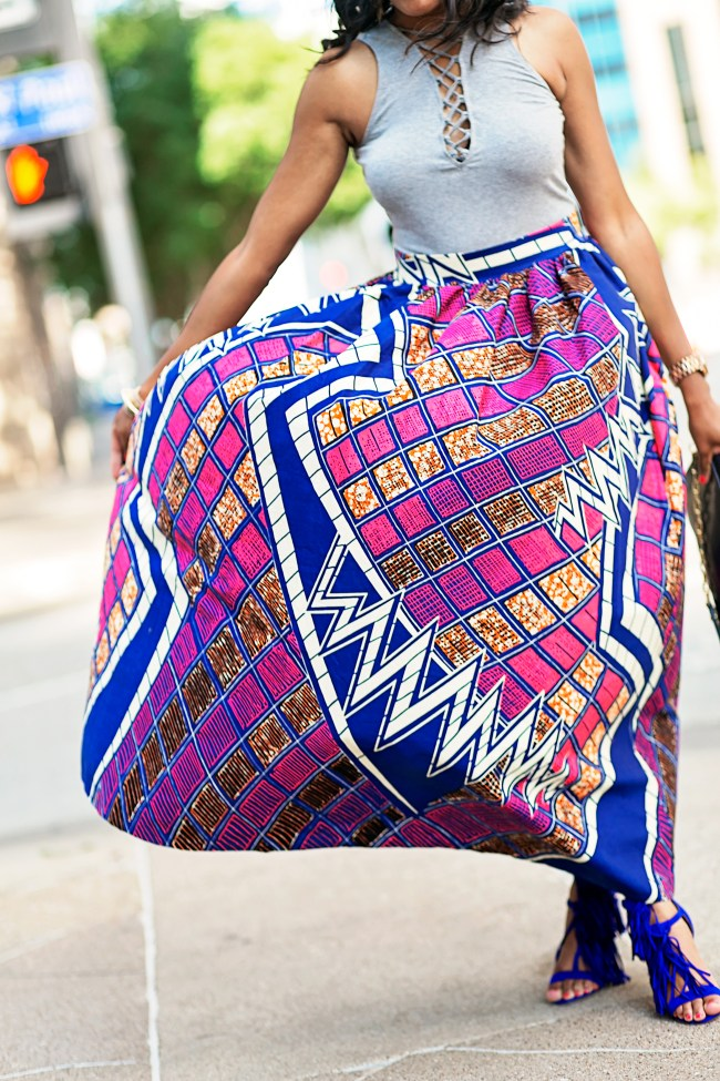 ANKARA FASHION, ANKARA MAXI SKIRT, AFRICAN PRINT SKIRT, DALLAS BLOGGER, BLACK FASHION BLOGGER, WHIMSY LUXXE , SUMMER TREND, ANKARA PRINT TREND, JUSTFAB FRINGE SANDALS, HOW TO WEAR ANKARA PRINT