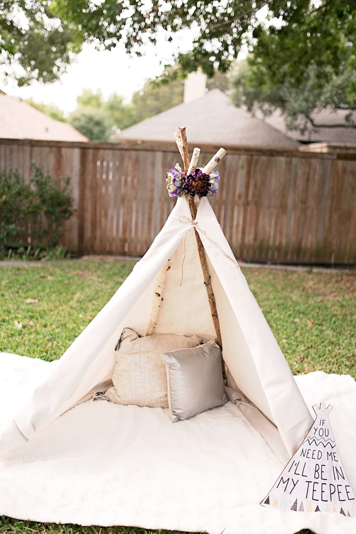 camping photo shoot idea, clamping photo shoot, diy teepee tent, affordable teepee tent, dallas blogger, how to diy teepee tent, no sew teepee tent,