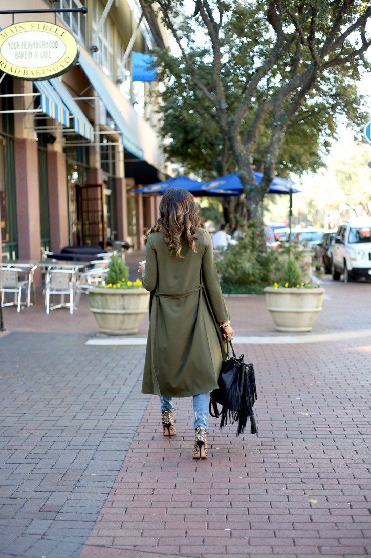 PINK BLUSH MATERNITY, olive trench coat, SP BLACK RIPPED JEANS, FALL FASHION, FALL CASUAL OUTFIT, OLIVE GREEN TRENCH COAT, OLIVE GREEN DUSTER, AFFORDABLE TRENCH COAT, ZARA FRINGE BACKPACK, OLIVE GREEN TRENCH COAT