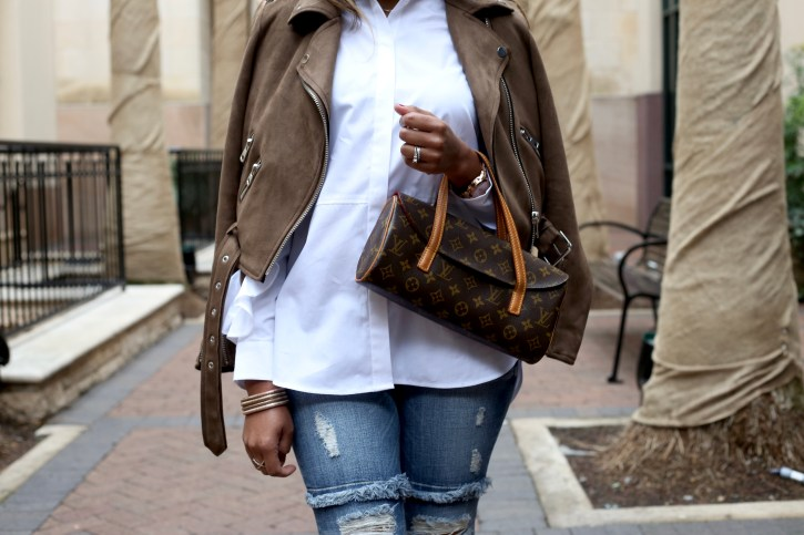 asos ruffle sleeve shirt, statement shirt, how to wear classic white shirt, classic white shirt outfit, brunch outfit ideas, under $100 outfit, dallas blogger, ruffle jeans, louis vuitton clutch, dramatic sleeve shirt, zara suede jacket