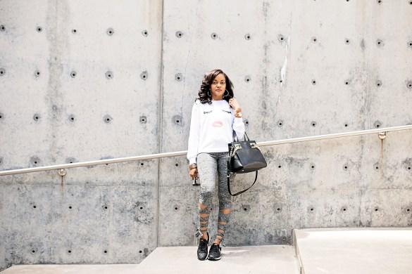 SheIn, SheIn clothing, mommy style, lace up leggings, wrap around leggings, eyelash sweatshirt, eyelash tshirt, eyelash and lipstick tshirt, on the go outfit, airport fashion, what to wear traveling, what to wear to airport, dallas blogger