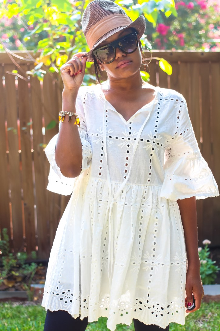 blog life, shein, beach blanket, eyelet top, transitional summer outfit, fall outfit inspo, shin eyelet dress, transitional summer dress, transitional fall dress, black fashion blogger, dallas blogger, henri bendel sunglasses, celine sunglass dupe