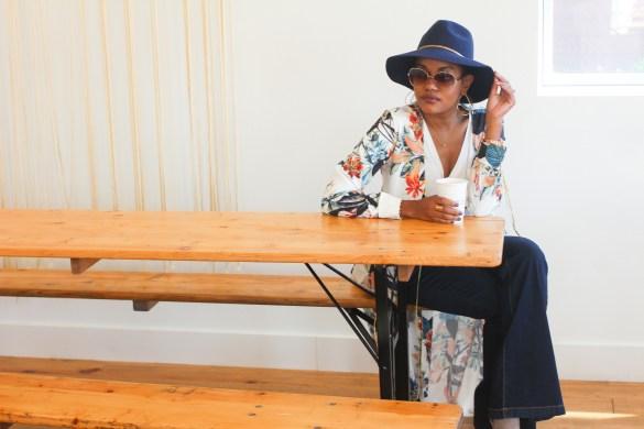 coffee talk, fall fashion, how to wear kimono, kimono style, kimono outfit, fall hats, flare jeans, blogging, blog life, negative side to blogging, the cons of blogging, dallas blogger, fashion blogger, black fashion blogger, black dallas blogger