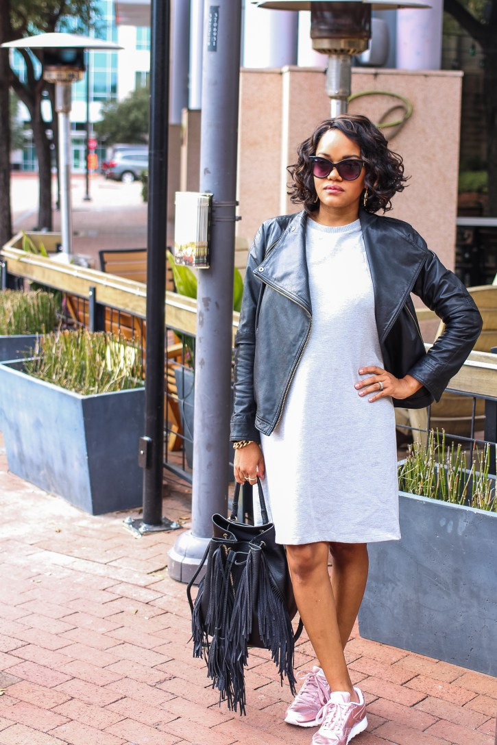 who what wear collection, whowhatwear target, whowhatwear sweatshirt dress, bump style, maternity style, sweatshirt dress, how to style the bump, pregnancy style inspo, sneakers and dress, dallas blogger