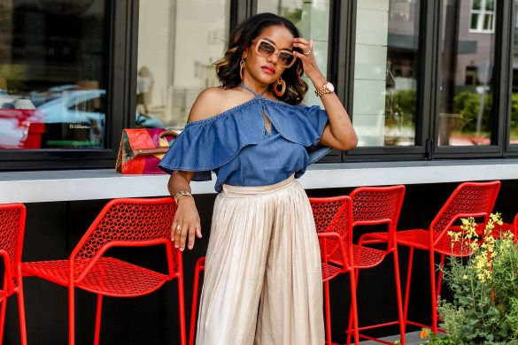 metallic wide leg pants, palazzo pants, summer wide leg pants, denim off shoulder top, denim cold shoulder top, motherhood, stylish mom look, palazzo pants inspo, wide leg pants inspo, how to wear palazzo pants, how to wear wide leg pants, dallas blogger, dallas fashion blogger, black fashion blogger