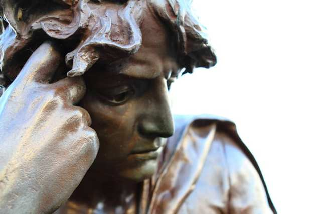 Statue of Hamlet at The Shakespeare Memorial by Lord Ronald Gower. Bronze and stone. 1888. Bancroft Gardens, Stratford-upon-Avon. Photo Credit: andrewasmith via Compfight cc