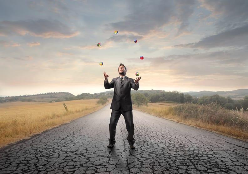 juggling-vs-plate-spinning