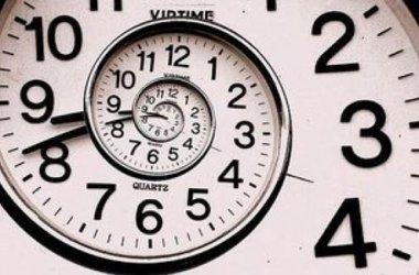 """Montale's 1961 """"Ammazzare il tempo"""" (""""Killing Time"""")."""
