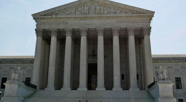 High court ruling favors prayer at council meeting