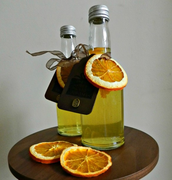 Homemade Christmas gifts Spiced Vodka