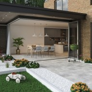How to Create a Seamless Transition Between Your Home & Your Garden