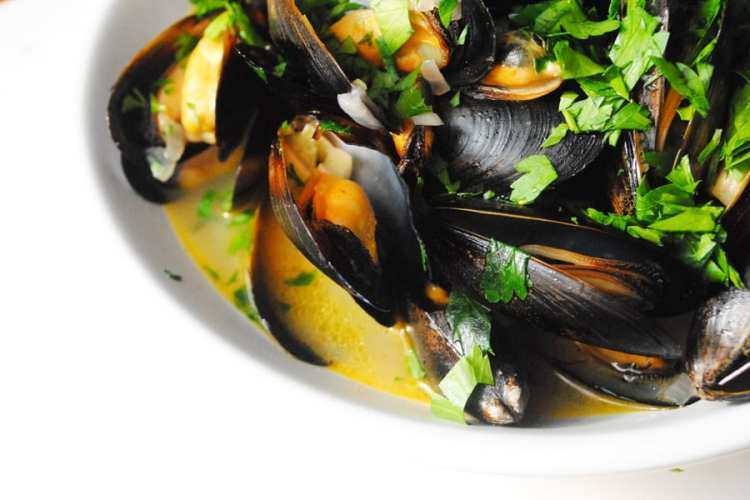 Mussels with White Wine