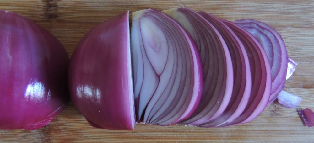 Sliced Red Onions