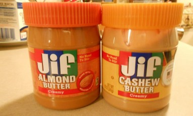 JIF ALMOND AND CASHEW BUTTER
