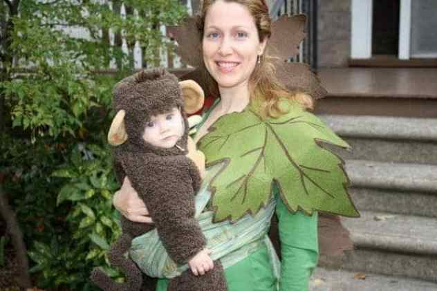 Creative Babywearing Halloween Costumes - Monkey in a Tree
