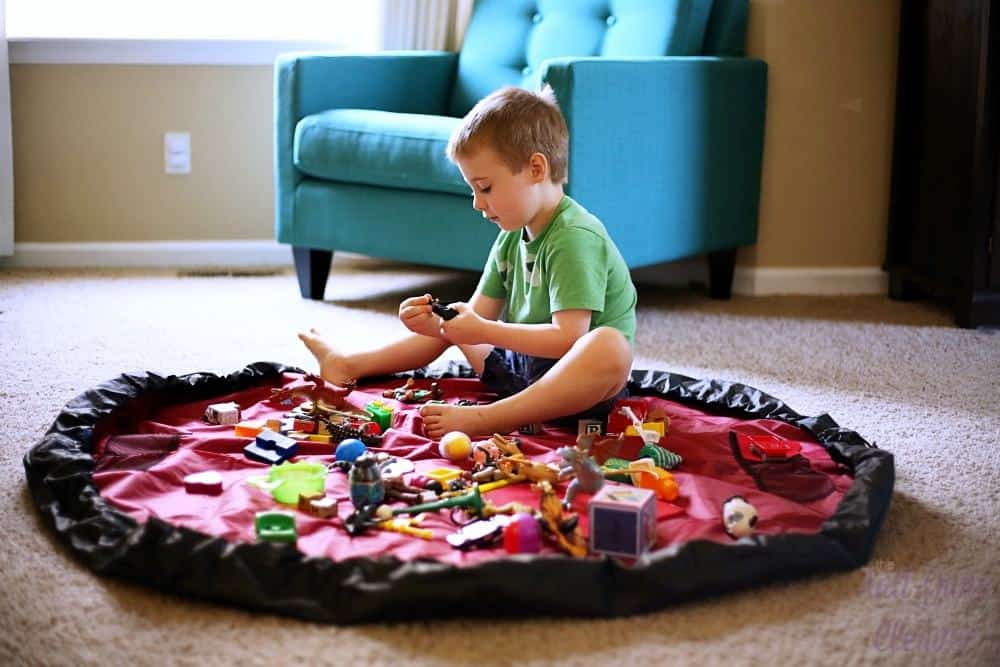 bow-tiger-activity-mat-review-10