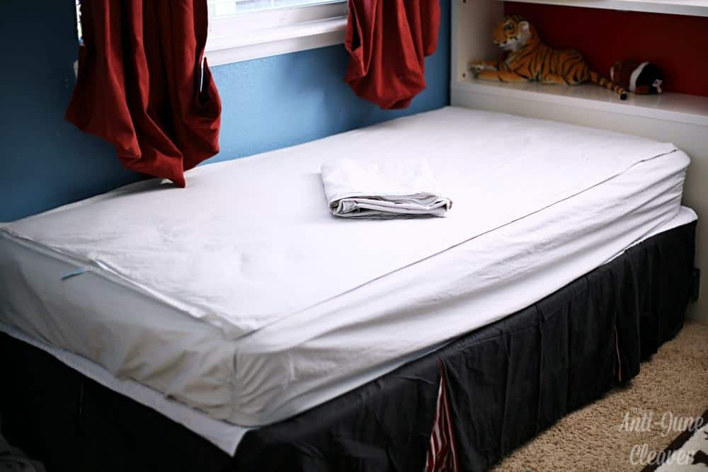 QuickZip Sheets are the Perfect Bedwetting Solution