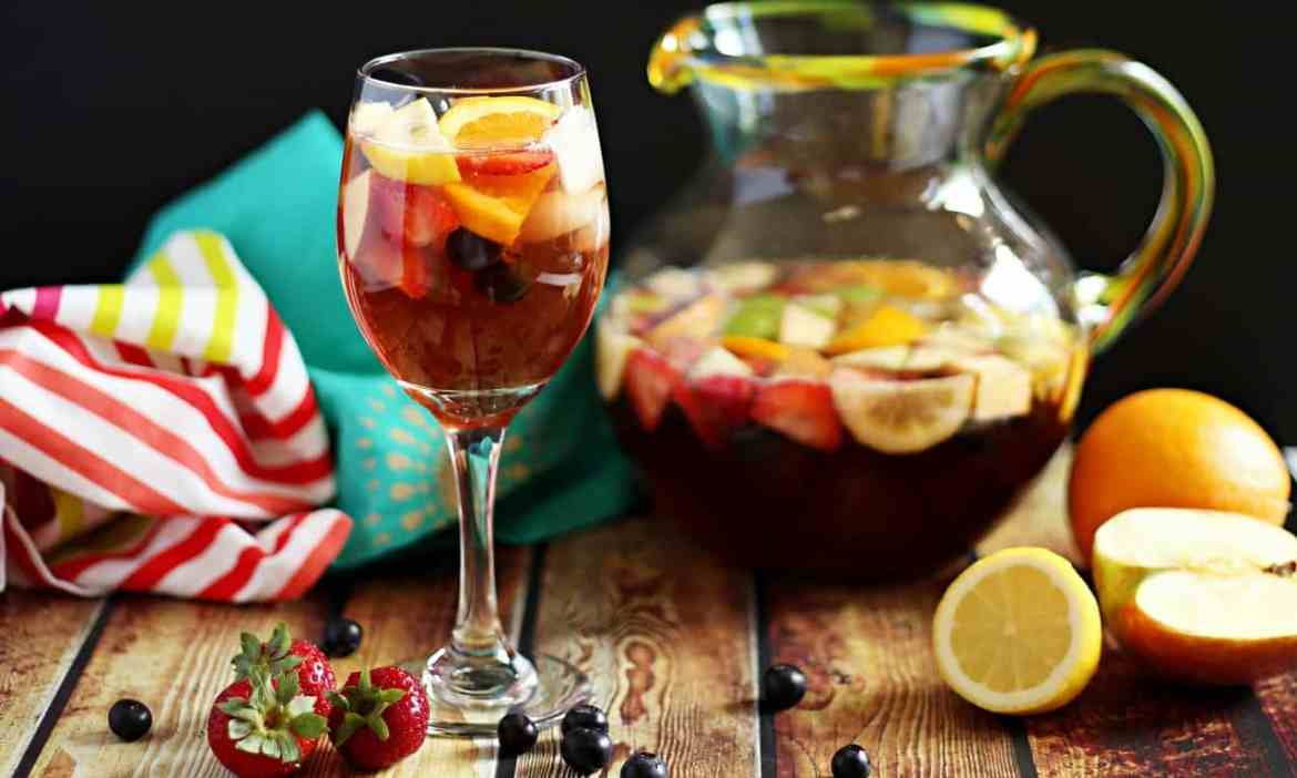 Non-Alcoholic Cocktails for Your New Years Party | Stay At Home Mum