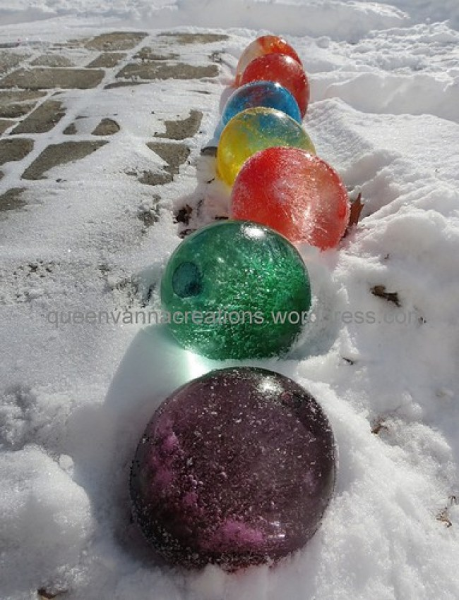 Fun Activities for the Kids to Do in the Snow: Colored Ice Balloons