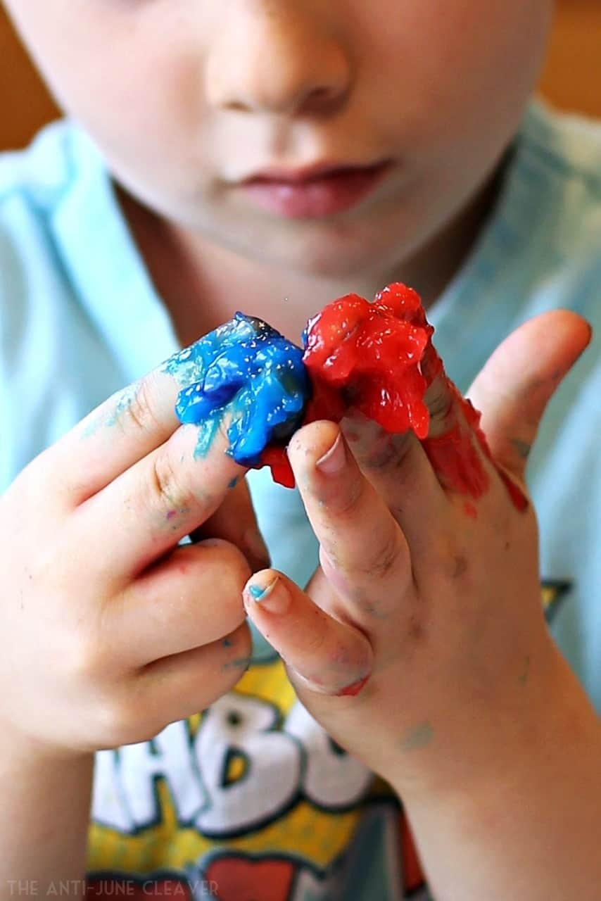 DIY Homemade Finger Paint Recipe (AD)