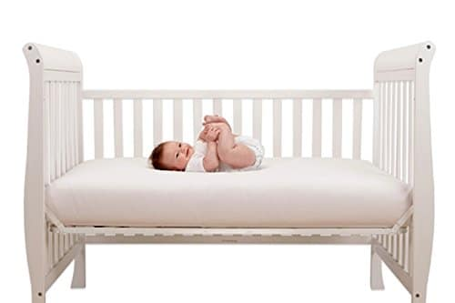 Baby Things You'll Need that You Won't Get at Your Baby Shower #baby #babyneeds #babymusthave #babyshower #cribbedding #nursery