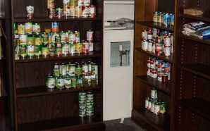 Office of Sustainability's Food Pantry open for students