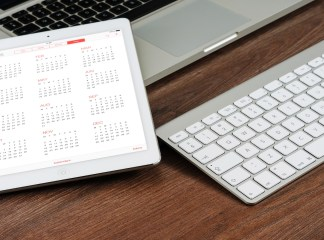 How to use family sharing to share calendars