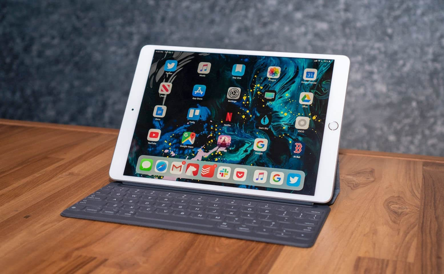 Crazy! The 10.5 inch iPad Air Model is $99 Off Right Now! But You Need To Hurry Up! | TheAppleByte
