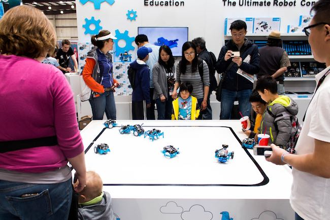 Robot battle demo for kids