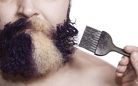 men-applying-beard-dye
