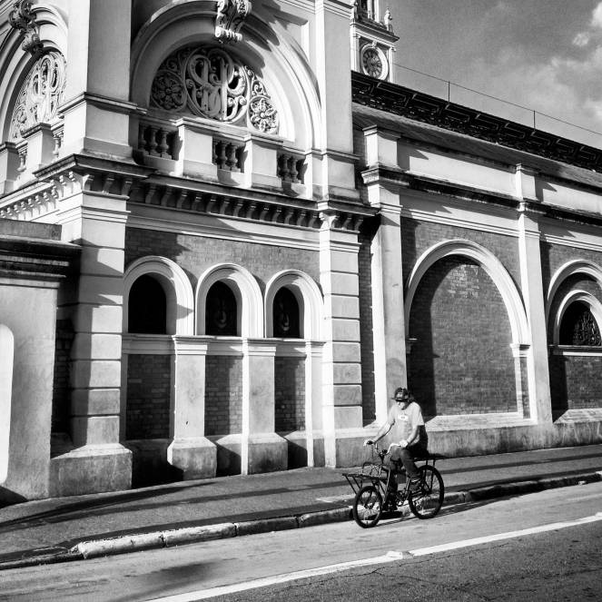 A moment of calm on the back side of Luz station