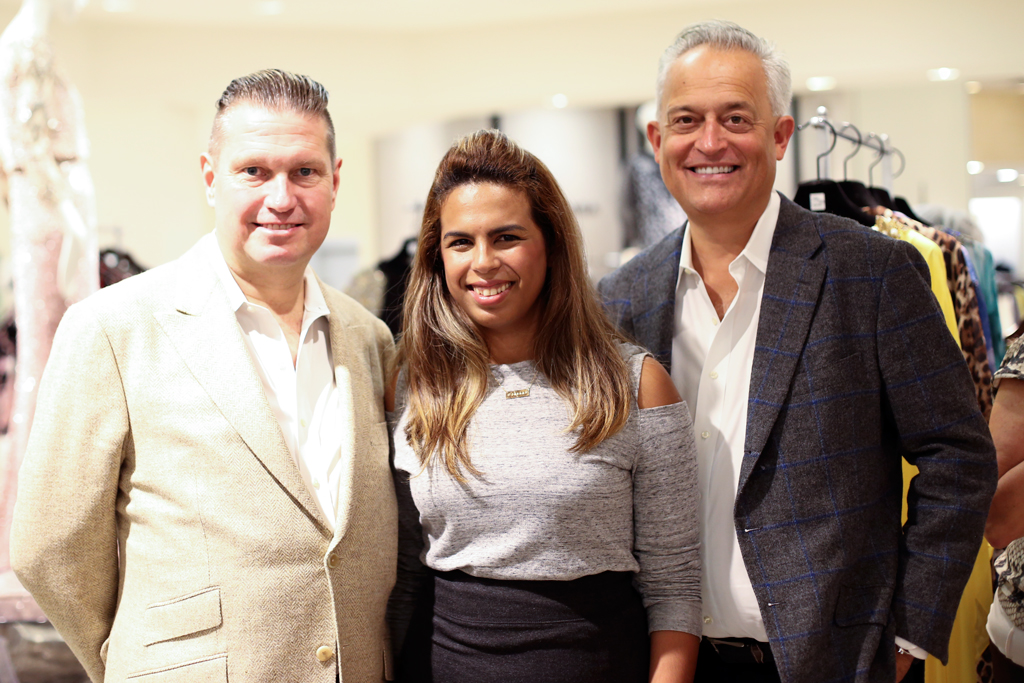 Meet and quick interview with Mark Badgley & James Mischka