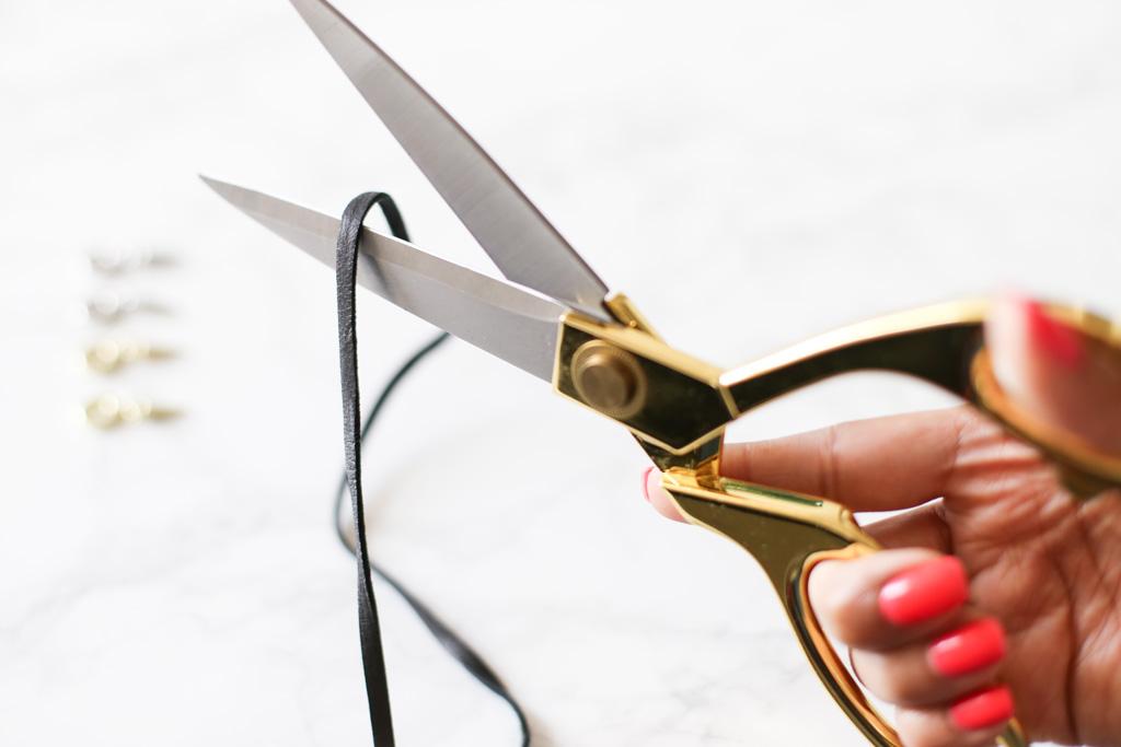 TAOS-DIY-Lace-Tie-Necklace-cut