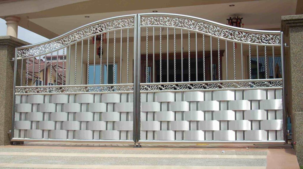We conducted a number of brainstorming sessions to determine the design and other specifications of the gate; 25 Simple Gate Design For Small House Updated 2020