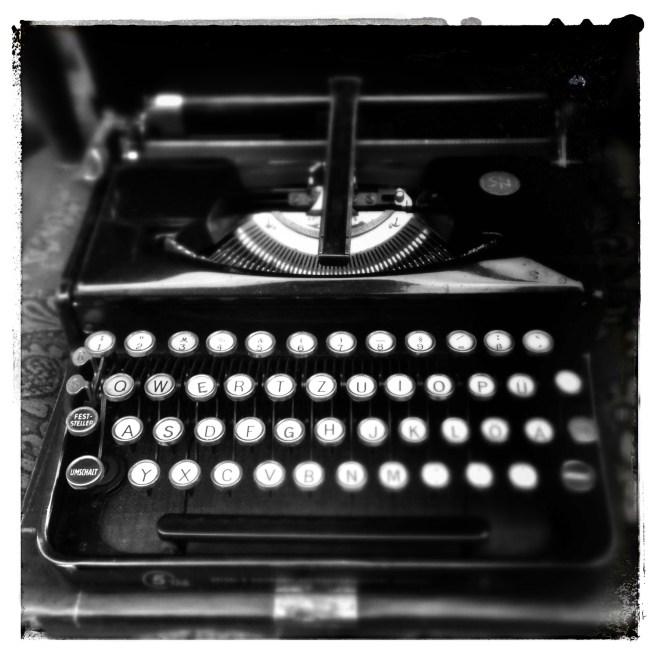 5Tab Typewriter