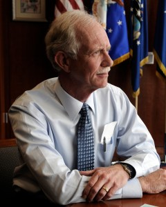 """Chesley """"Sully"""" Sullenberger CRM Crew Resource Management"""
