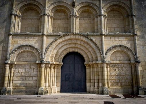 Jonzac - Church Doors 1_