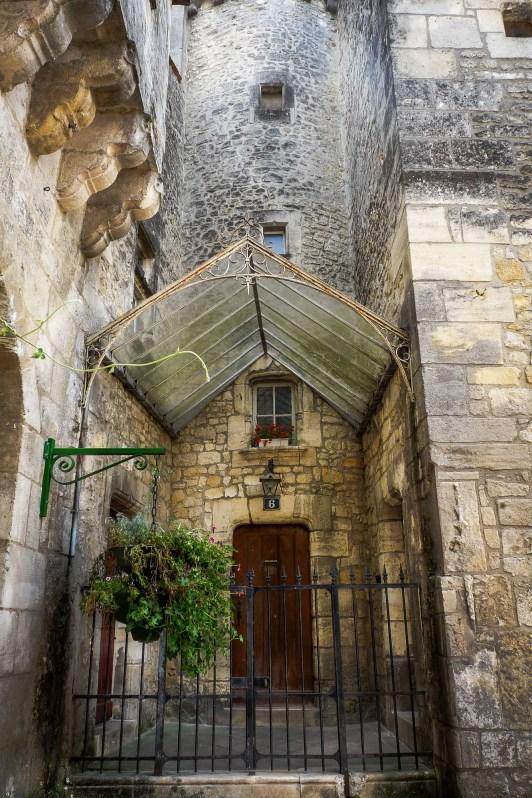 Jonzac - Door with canopy