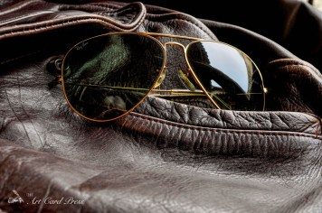 Leather jacket and Aviators detail 5