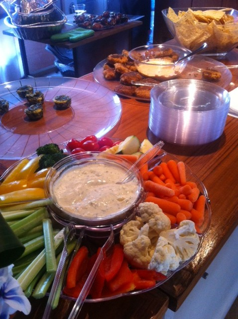 Crudite Platter and Mini Crab Cakes with Remoulade Sauce