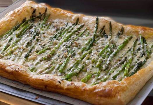 Baby Asparagus, Garlic & 3-CheeseTart