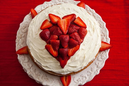 StrawberryChambordCake2