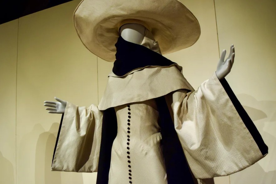 Heroes and Villains: The Art of the Disney Costume 14