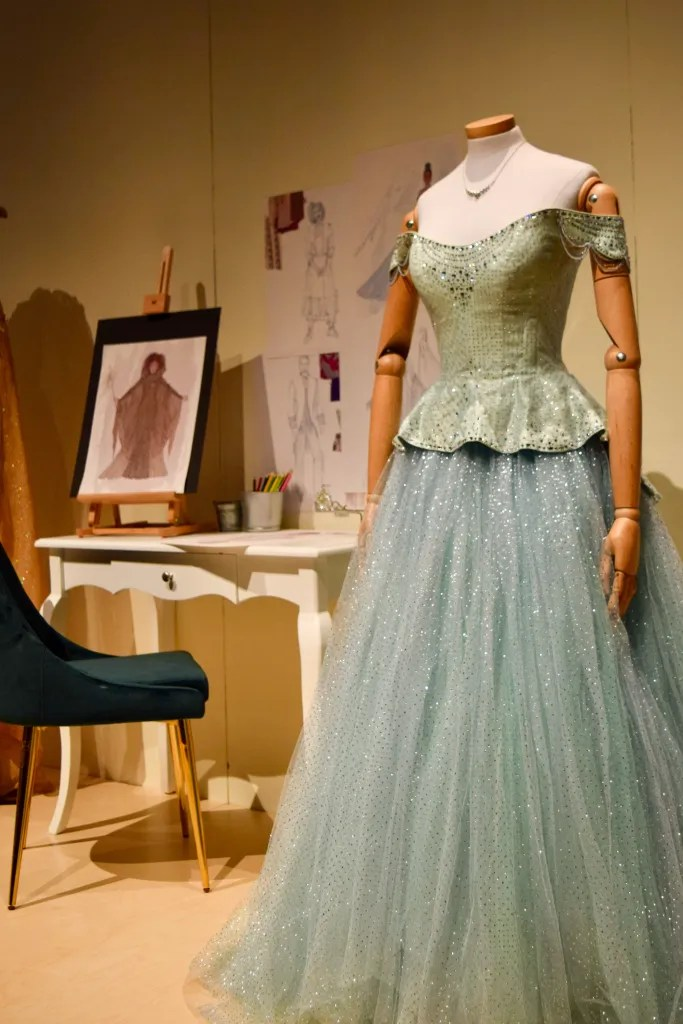 Heroes and Villains: The Art of the Disney Costume 6