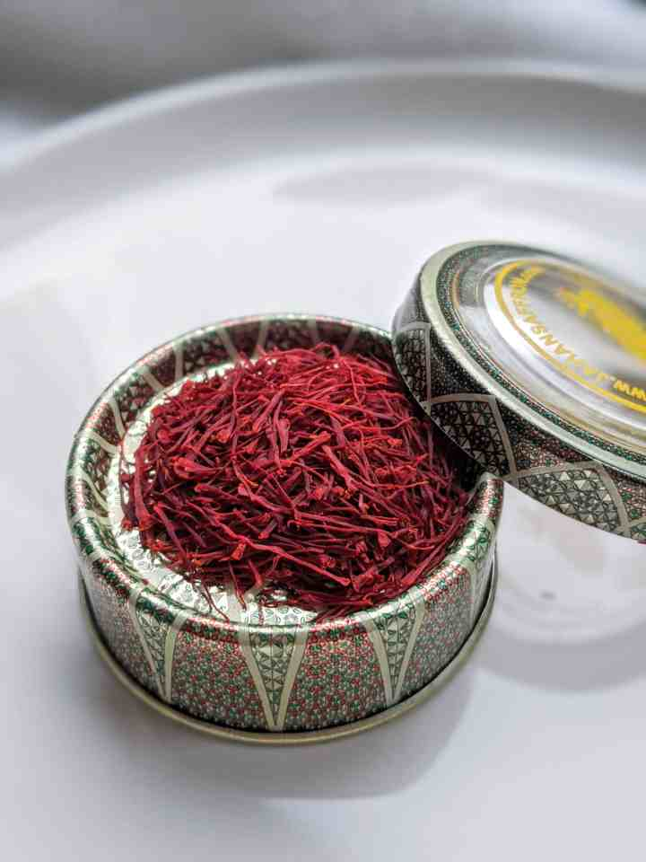 pot of saffron